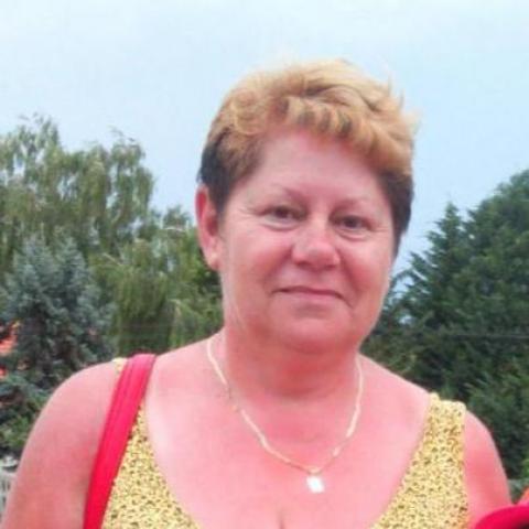 Julianna, 60 éves társkereső nő - Balatonfenyves