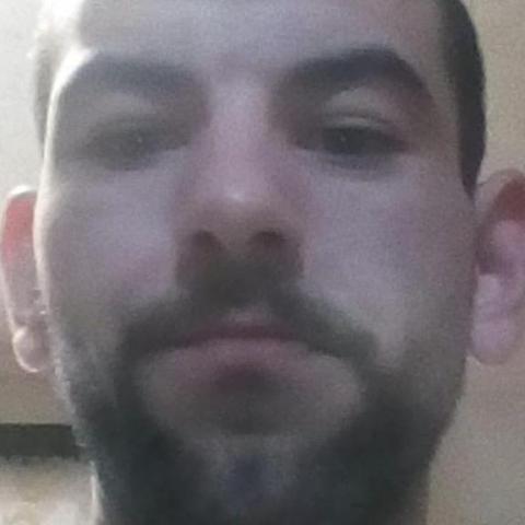 Szabolcs, 33 éves társkereső férfi - Miskolc