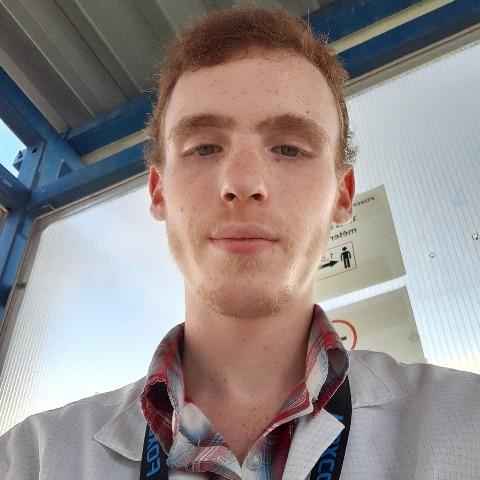 Dávid, 18 éves társkereső férfi - Kecskéd