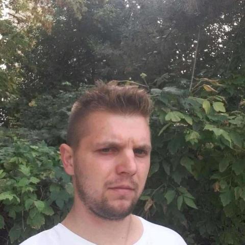 Róbert, 27 éves társkereső férfi - Endrefalva