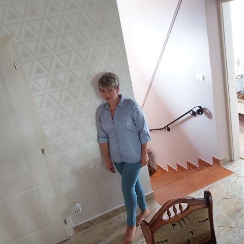 Dóra, 44 éves társkereső nő - Debrecen