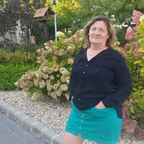 Marcsi, 58 éves társkereső nő - Ecser
