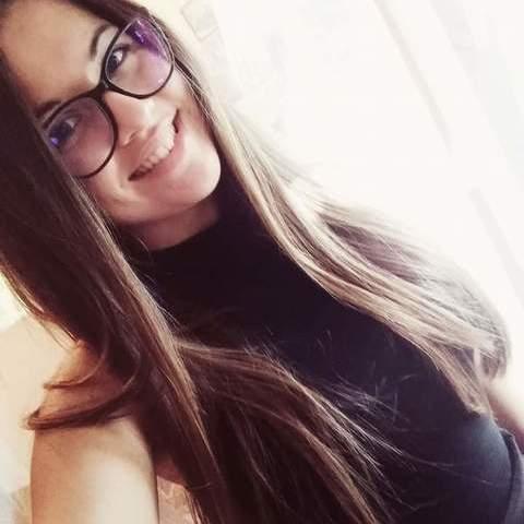 Bogi, 19 éves társkereső nő - Gyöngyös