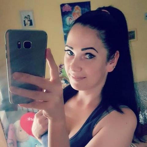 Ibolya, 27 éves társkereső nő - Monok