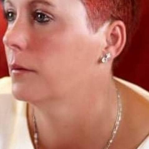 Julcsi, 40 éves társkereső nő - Szentes