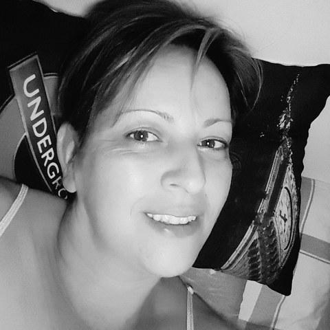 Zsuzsa, 41 éves társkereső nő -