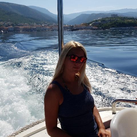 Veronika , 39 éves társkereső nő - Dunakeszi
