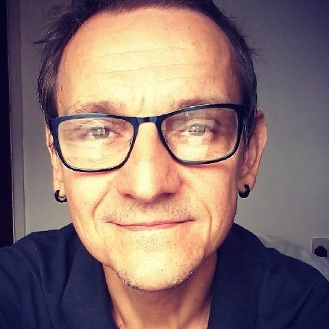 Gabor, 53 éves társkereső férfi - Poole
