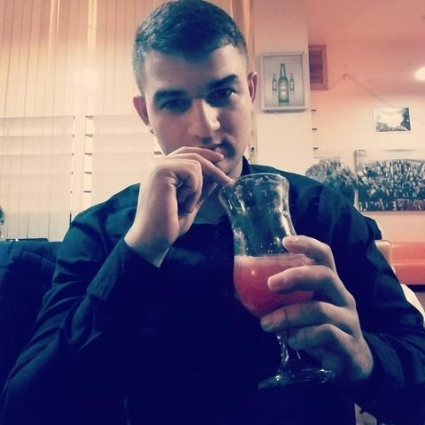 Patrik, 20 éves társkereső férfi - Balmazújváros