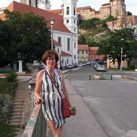 Judit, 52 éves társkereső nő - Tatabánya