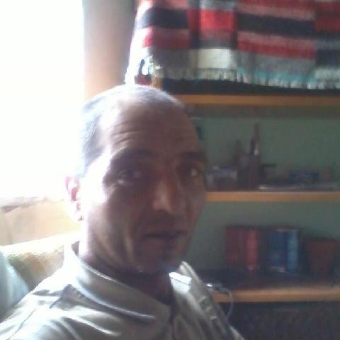 Tibor, 45 éves társkereső férfi - Petrivente