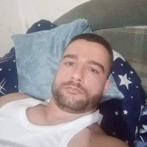 Dávid, 26 éves társkereső férfi - Győr