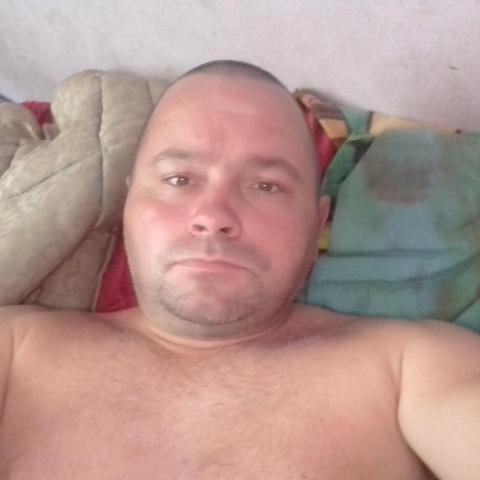 Feri, 42 éves társkereső férfi - Szentes