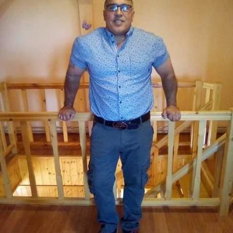 Elemér Daniel, 41 éves társkereső férfi - Bucsa