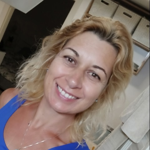 Tünde, 47 éves társkereső nő - Csobánka