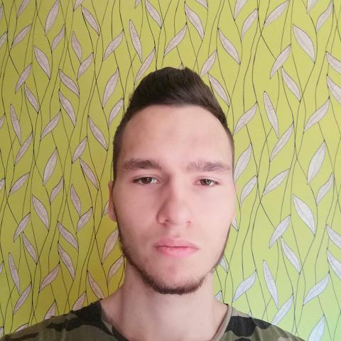 Bálint, 26 éves társkereső férfi - Dunaújváros