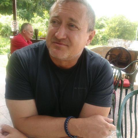 István, 53 éves társkereső férfi - Szekszárd