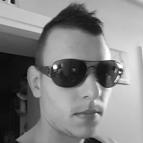Gyuri, 27 éves társkereső férfi - Salgótarján