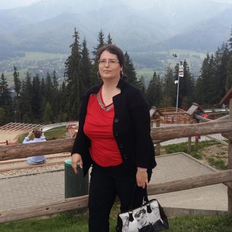 Szilvia, 39 éves társkereső nő - Budapest