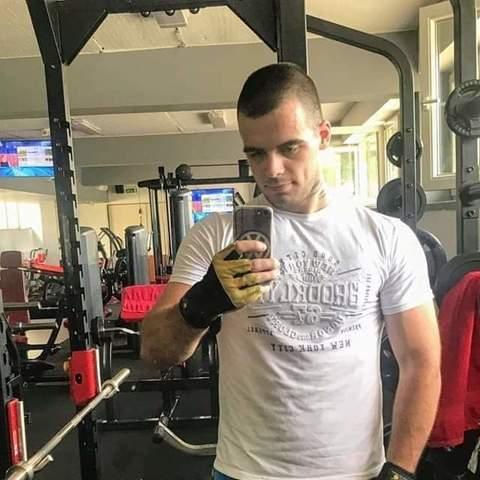 Krisztián, 22 éves társkereső férfi - Mátraszele