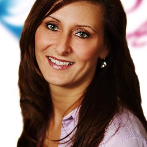 Szilvi, 43 éves társkereső nő -