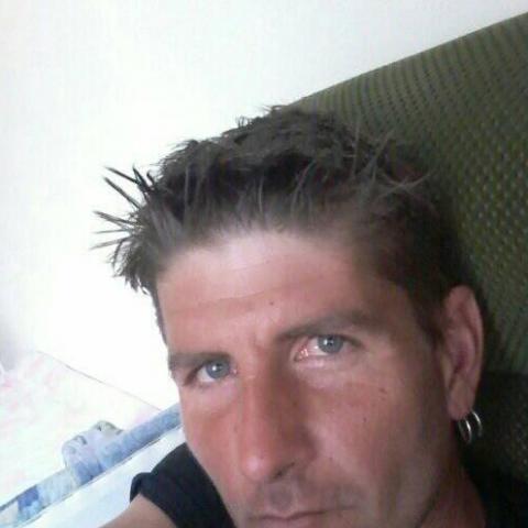 József, 35 éves társkereső férfi - Győr