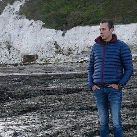 Gábor, 28 éves társkereső férfi - Balmazújváros