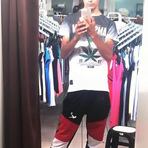 Gyuszi, 18 éves társkereső férfi - Kocsord