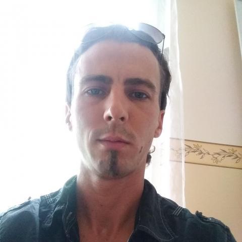 Tibor, 32 éves társkereső férfi - Mosonmagyaróvár