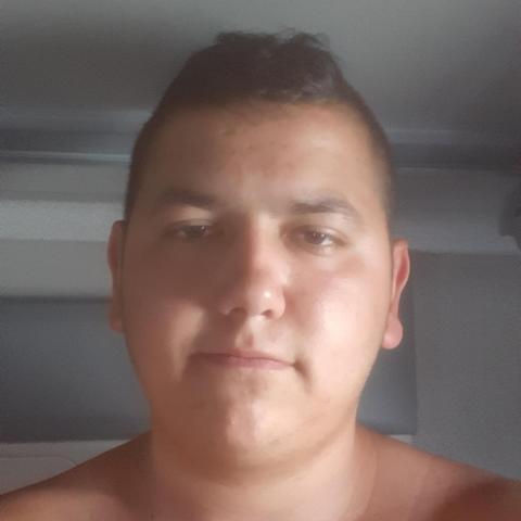 Jancsi, 25 éves társkereső férfi - Ipolyhidvég
