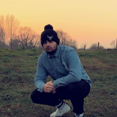 Dávid, 21 éves társkereső férfi - Nyíregyháza