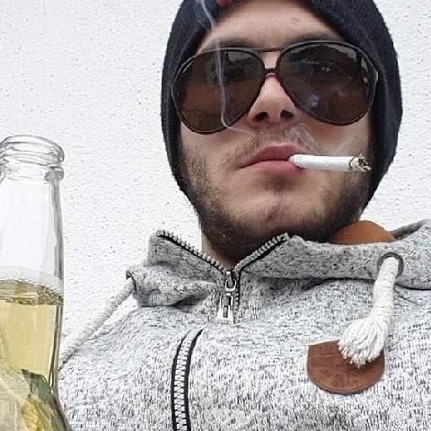 Adam, 25 éves társkereső férfi - Győr