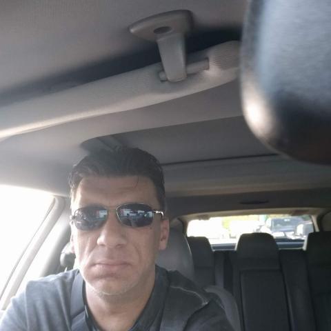 Zoli, 48 éves társkereső férfi - Singen