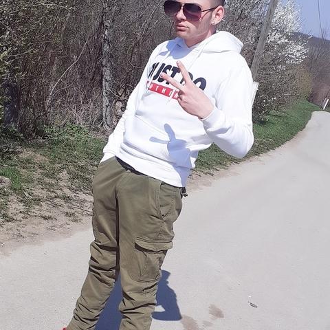 Elek, 20 éves társkereső férfi - Miskolc