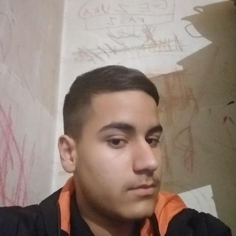 gergő, 16 éves társkereső férfi - Kisvárda