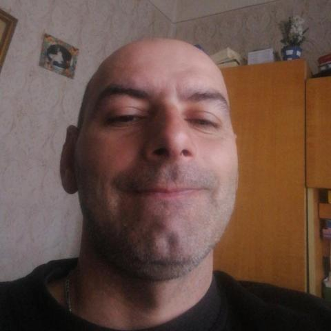 Gyula, 43 éves társkereső férfi - Acsa