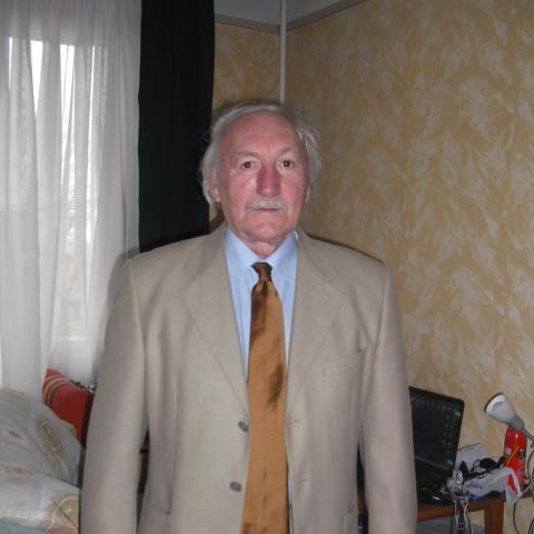 André, 70 éves társkereső férfi - Sajószentpéter