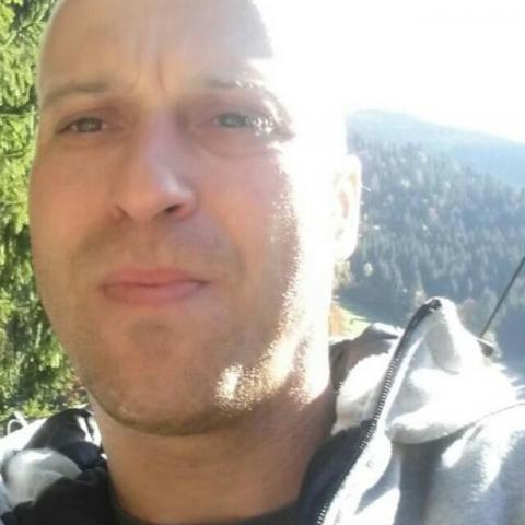Csabesz, 43 éves társkereső férfi - Fácánkert