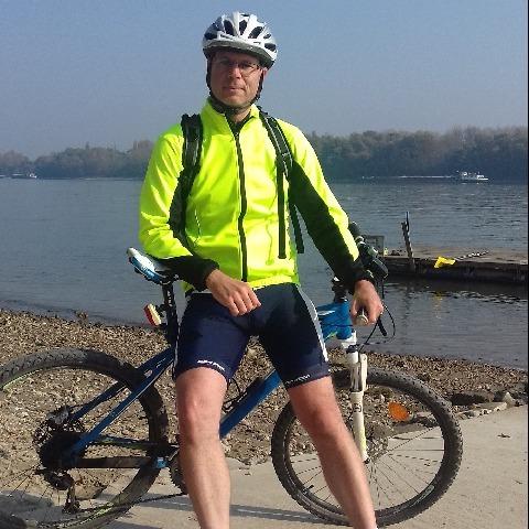 Tomi, 45 éves társkereső férfi - Budapest