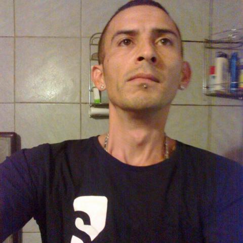 István, 38 éves társkereső férfi - Sárpilis