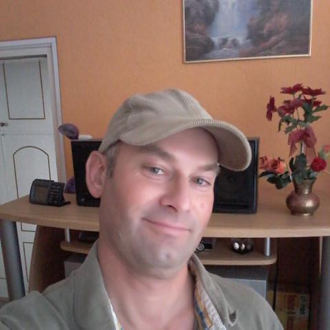 Pisti, 49 éves társkereső férfi - Szekszárd
