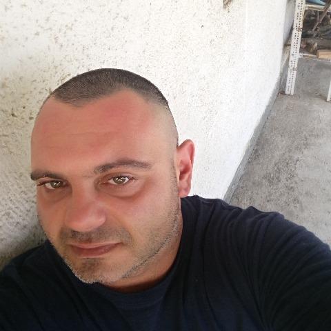 Tamás, 41 éves társkereső férfi - Páty