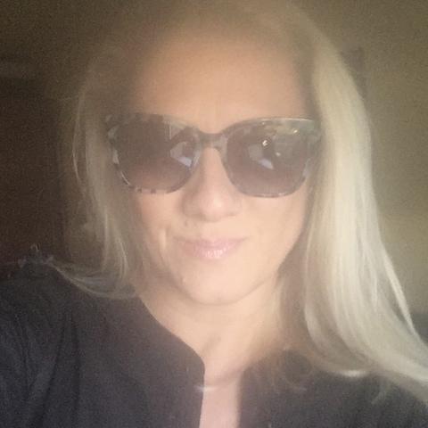 Tímea, 44 éves társkereső nő - Budapest
