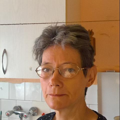 Kati, 58 éves társkereső nő - Karcag