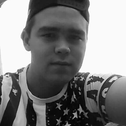 Zsolt, 22 éves társkereső férfi - Sárospatak