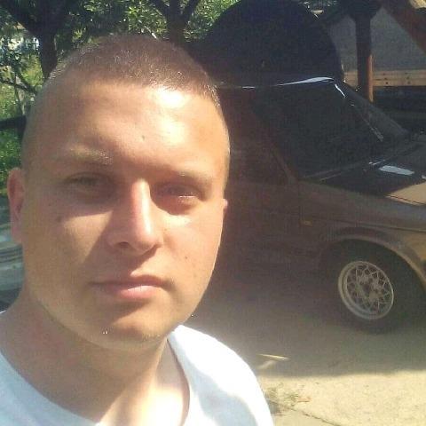 Marcell, 27 éves társkereső férfi - Szendrő