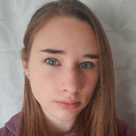 Viktória, 17 éves társkereső nő - Bocskaikert