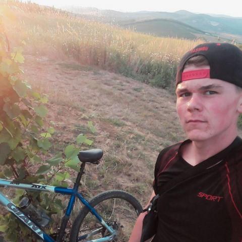 Richard, 19 éves társkereső férfi - Tarcal