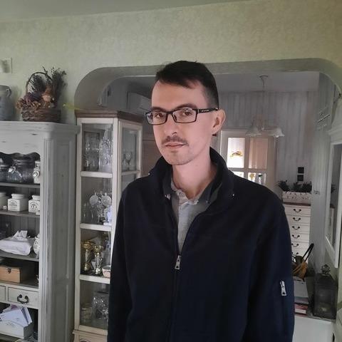 Gergő, 25 éves társkereső férfi - Szeged