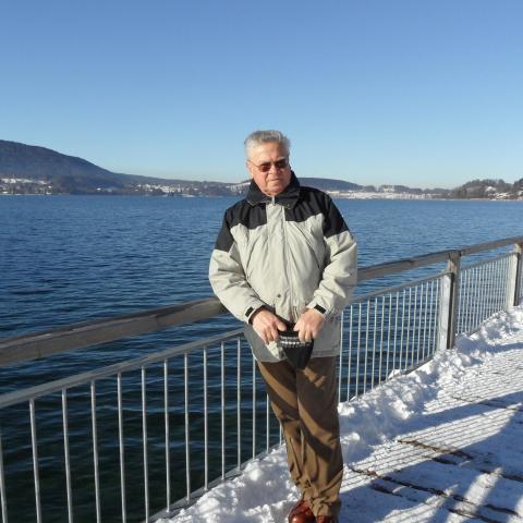 Ádám, 69 éves társkereső férfi - Bük